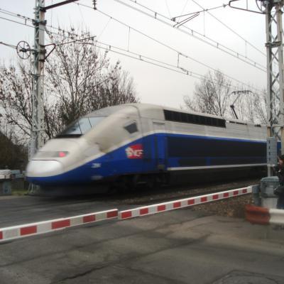 Des TGV en pleine ville